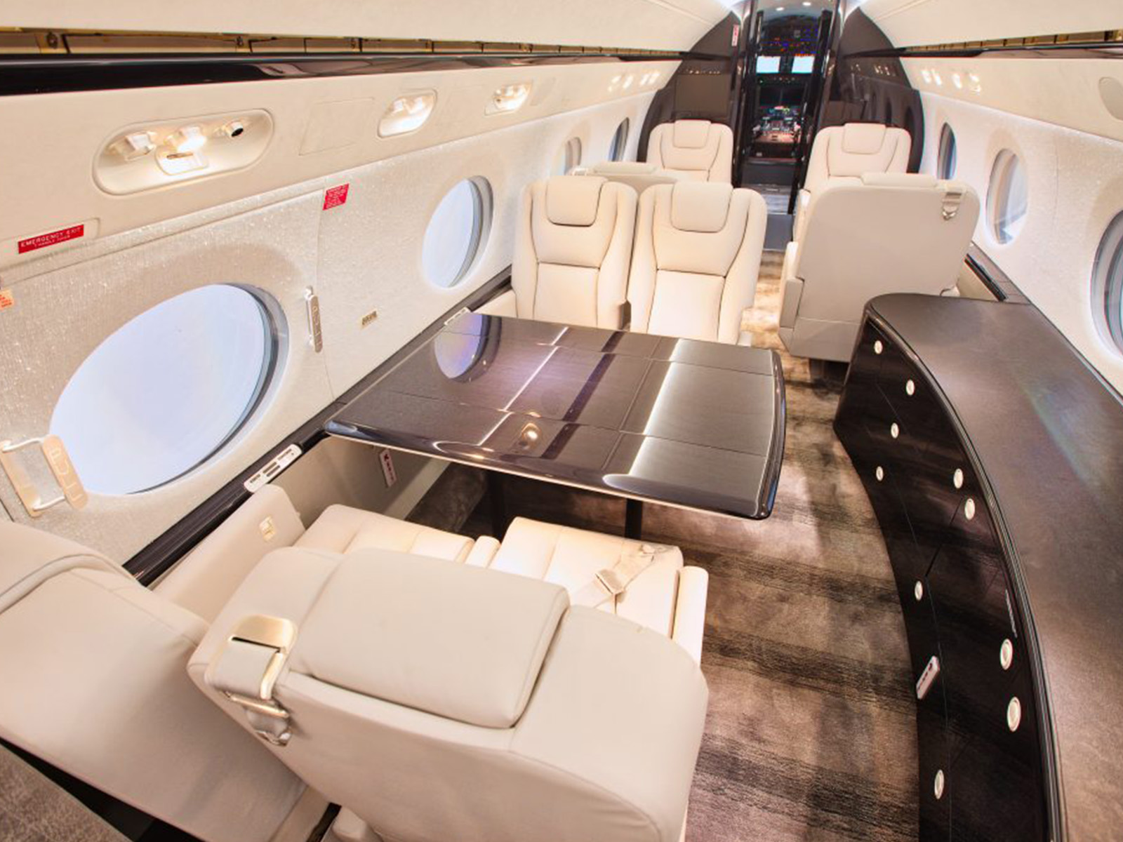 aircraft cabin lighting and seating